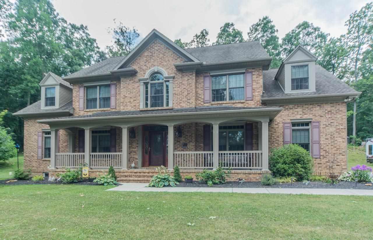 6779 Blue Hill Rd, Glenville, PA 17329