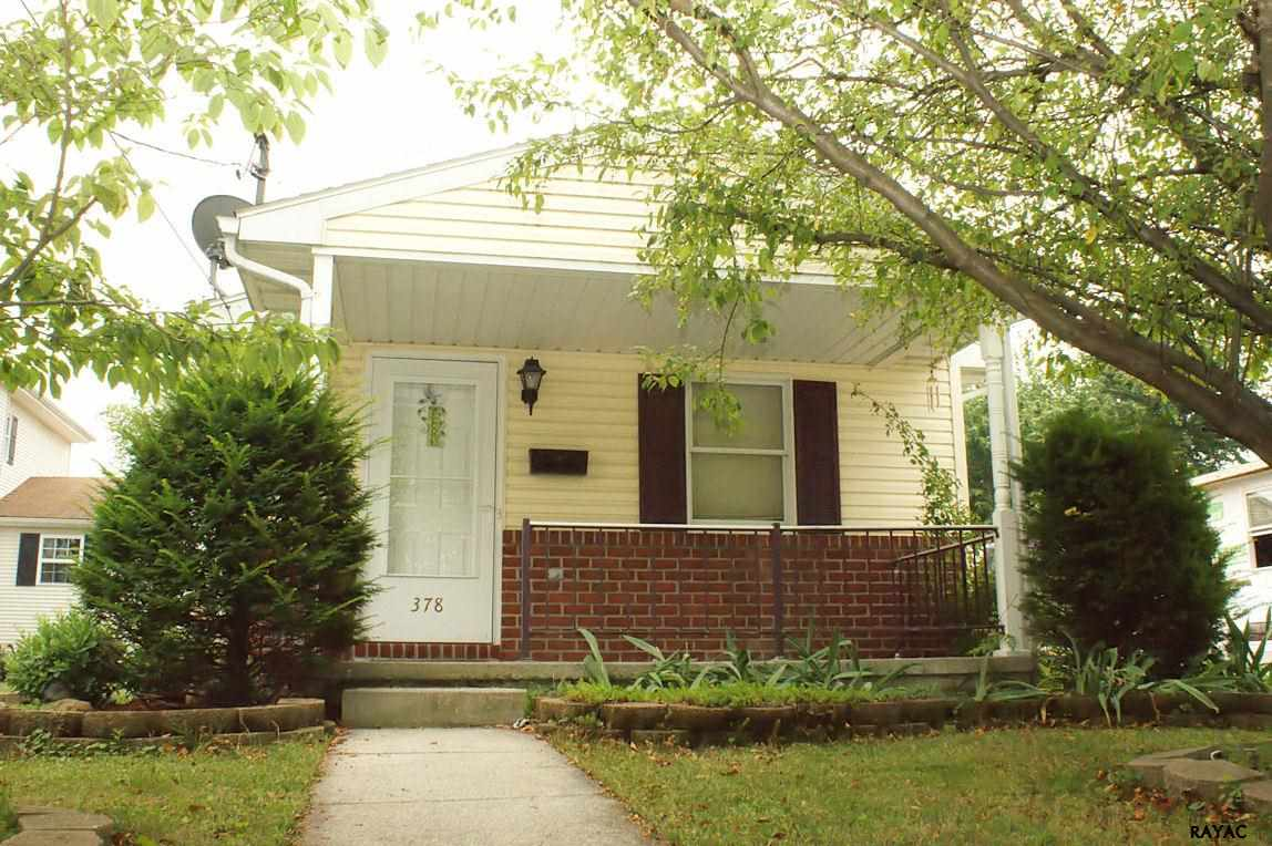 378 Maple Ave, Hanover, PA 17331