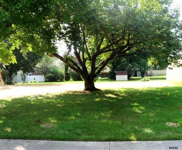 131 Deguy Ave, Hanover, PA 17331