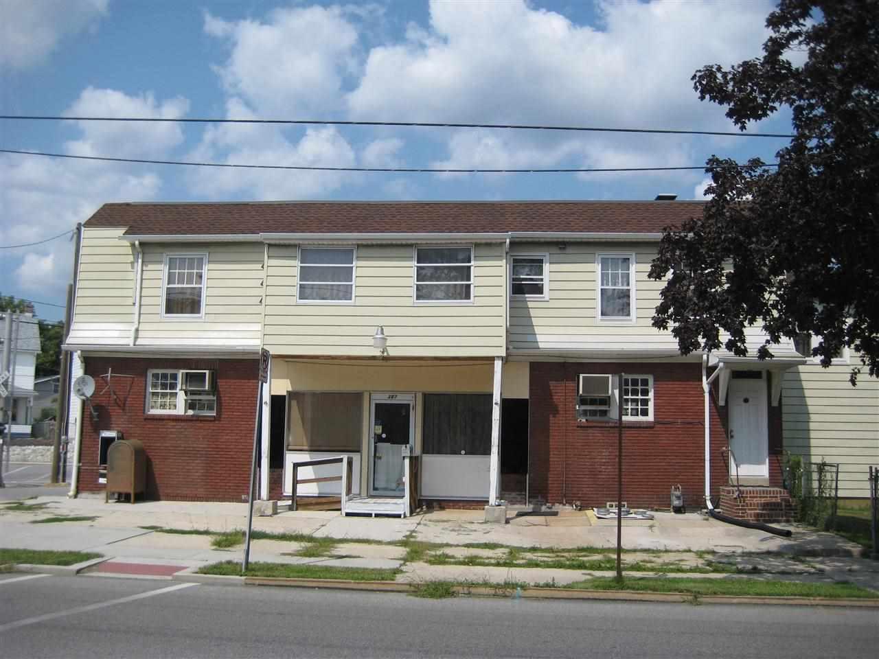 387 High St, Hanover, PA 17331