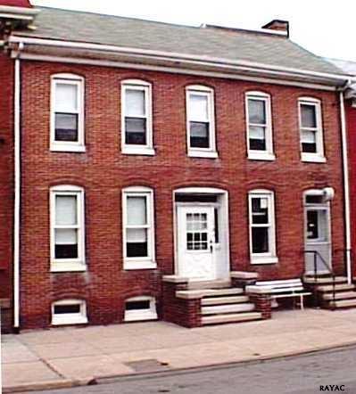 122 York St, Hanover, PA 17331