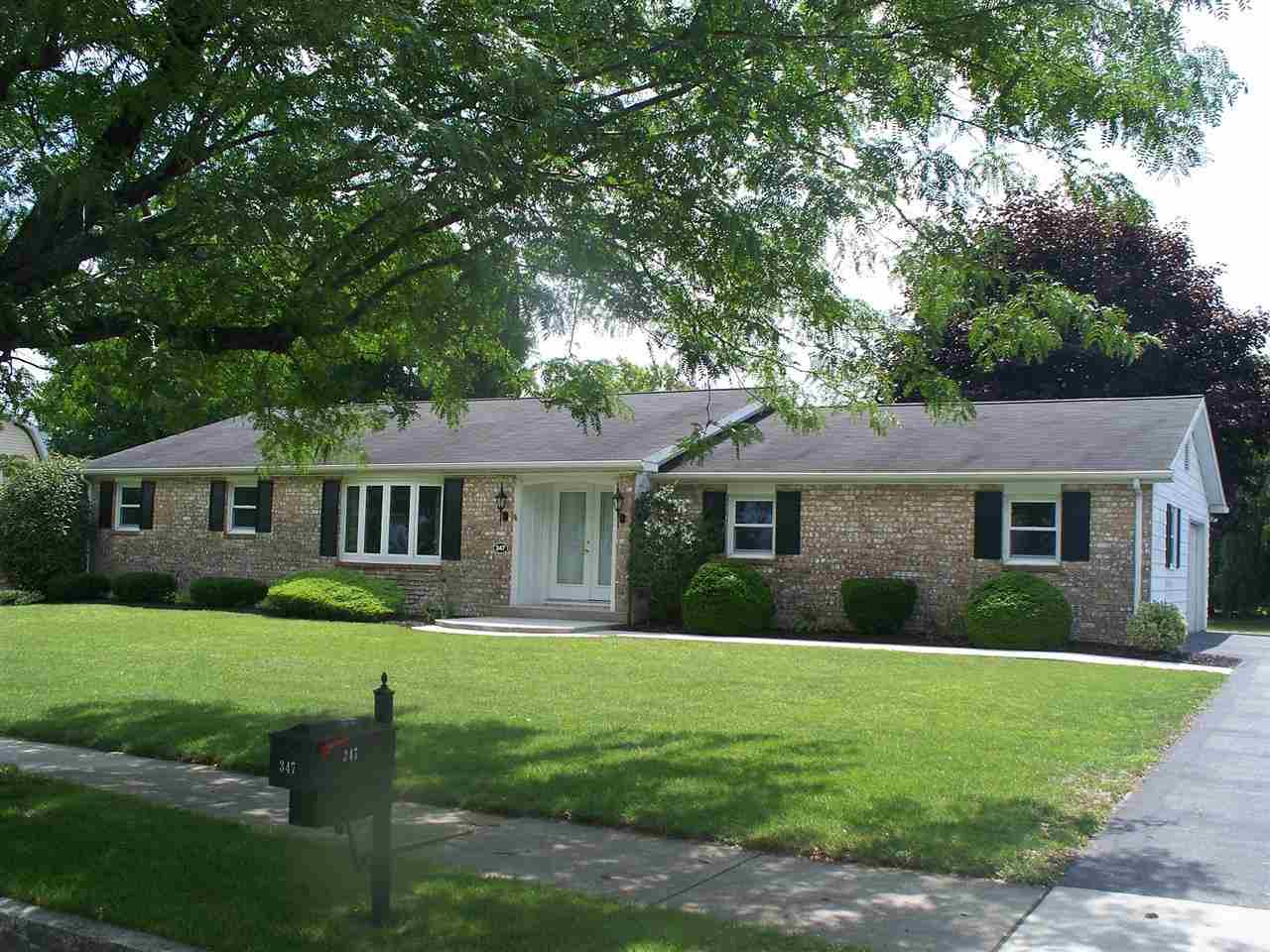 347 Parkway Dr, Littlestown, PA 17340