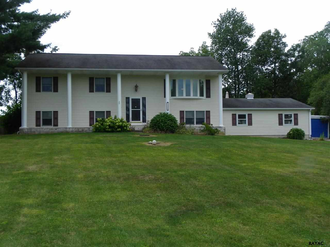 396 700th Rd, New Oxford, PA 17350