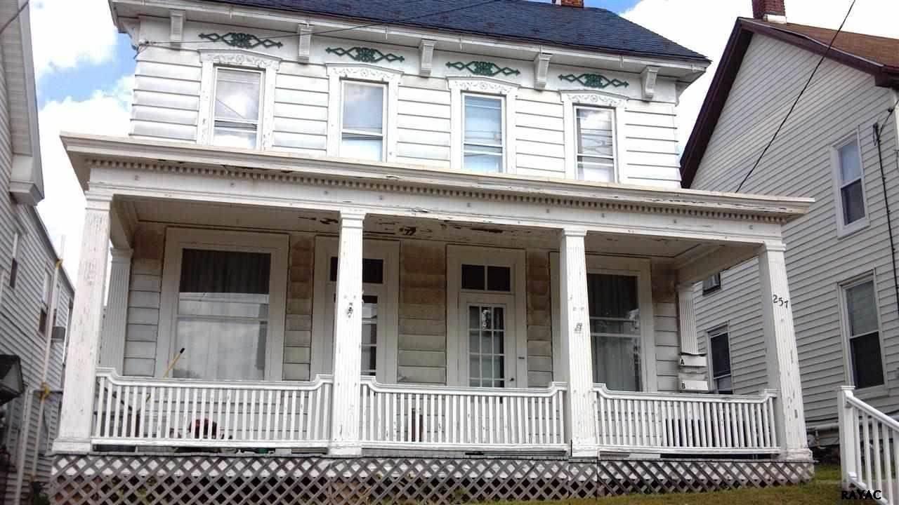 257 W Main St, Dallastown, PA 17313