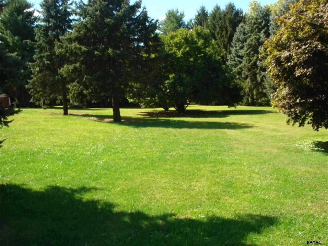 Pine Grove Rd, York, PA 17403