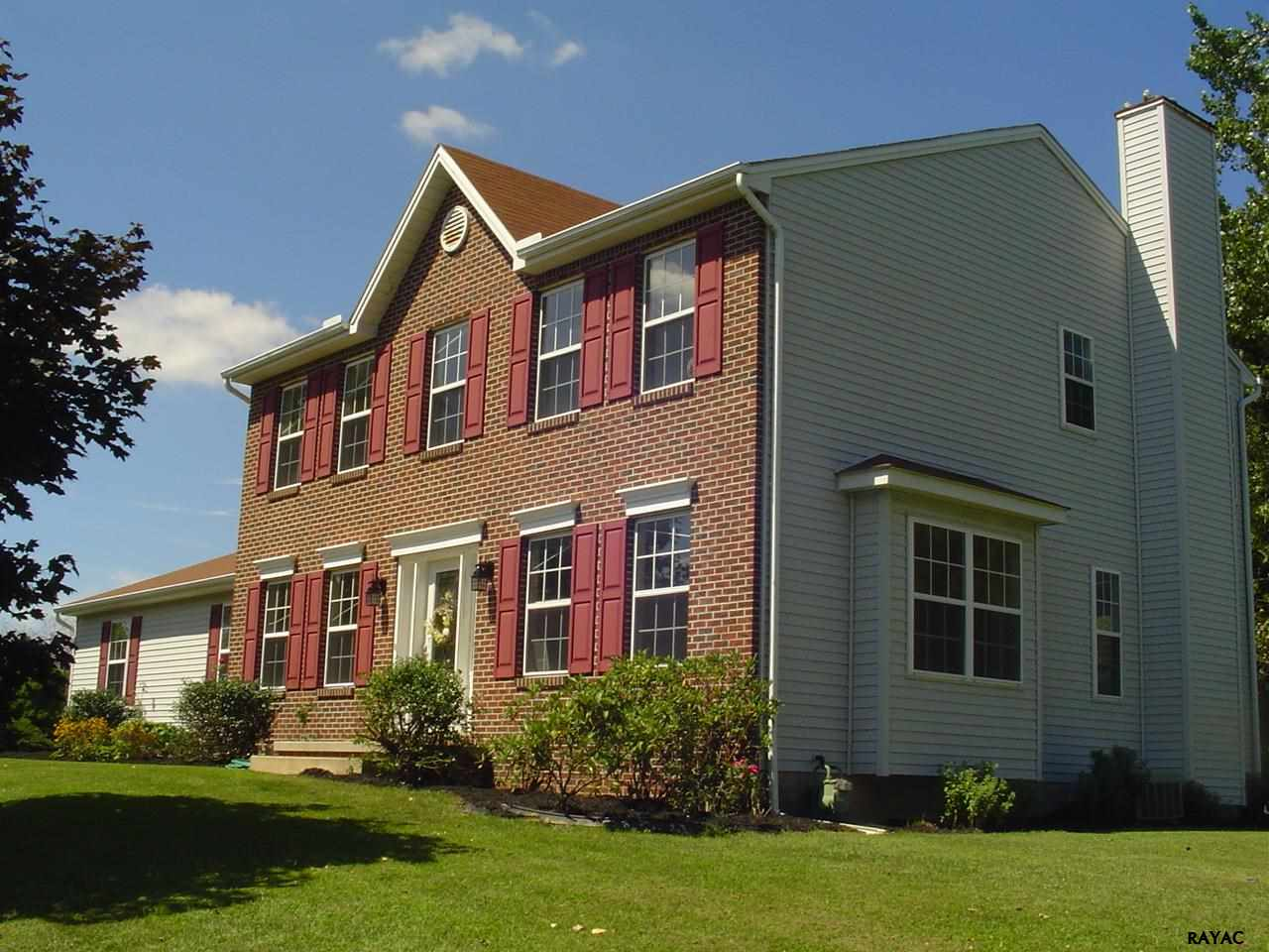 113 Charles Ave, Stewartstown, PA 17363