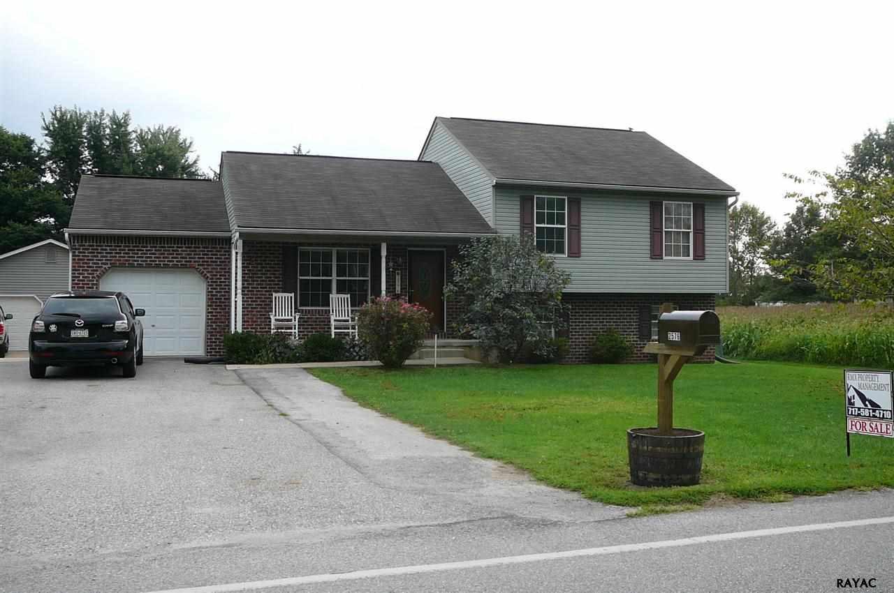 2576 Stillmeadow Ln, York, PA 17404