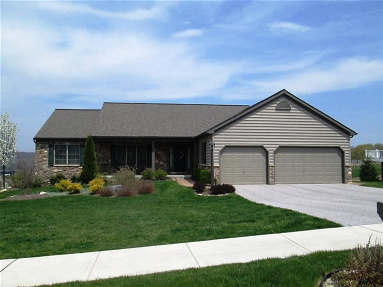 657 Campbell Rd, York, PA 17402