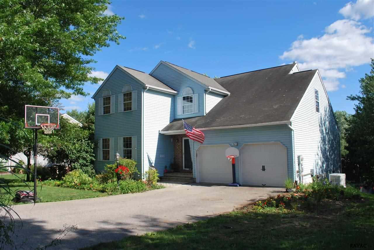 114 Charles Ave, Stewartstown, PA 17363