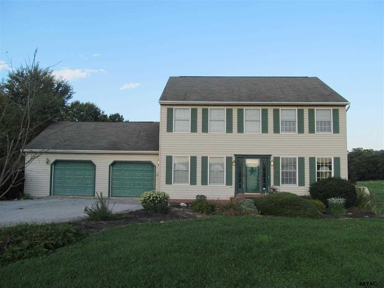 549 Frysville Rd, Hellam, PA 17406
