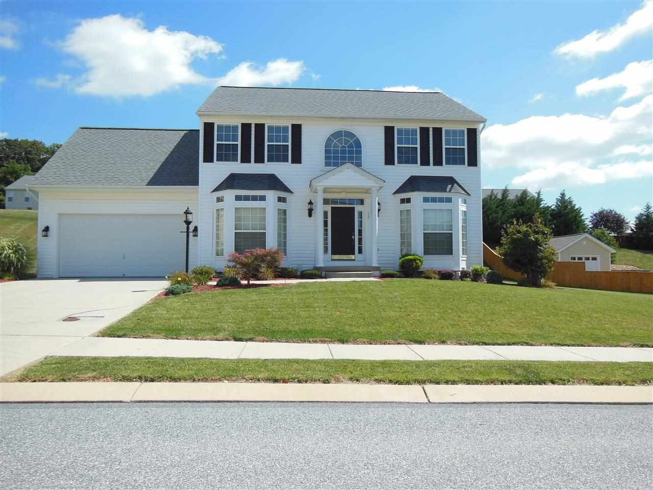 13 Hunt Run Dr, New Freedom, PA 17349