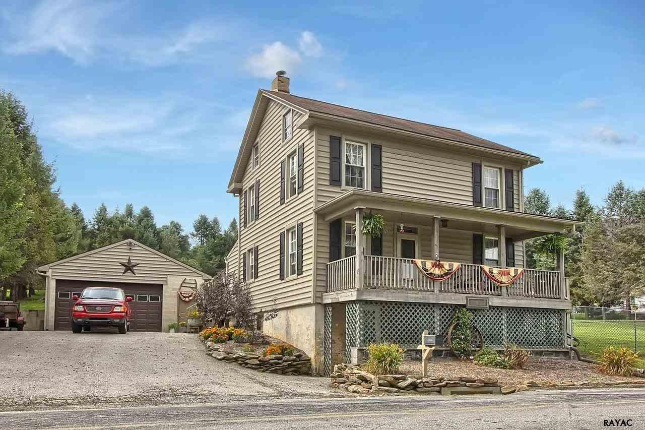 820 Taylor Rd, Windsor, PA 17366