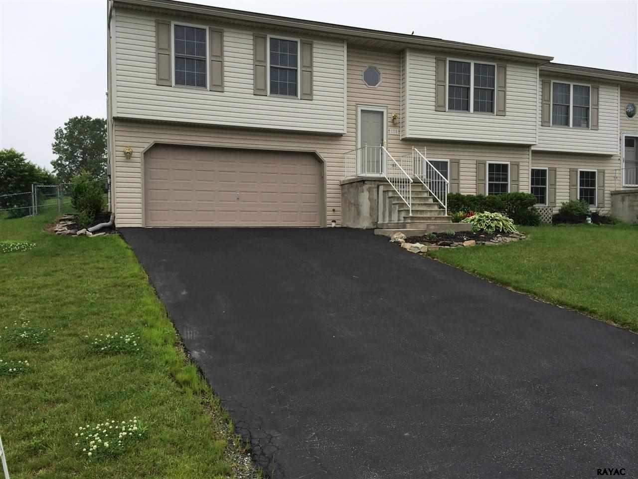 72 Greenfield St, Manchester, PA 17345