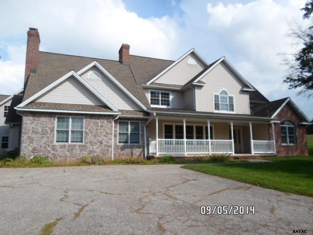 424 Abbottstown Pike, Abbottstown, PA 17301