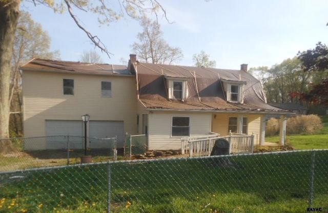 8249 Church Rd, Felton, PA 17322