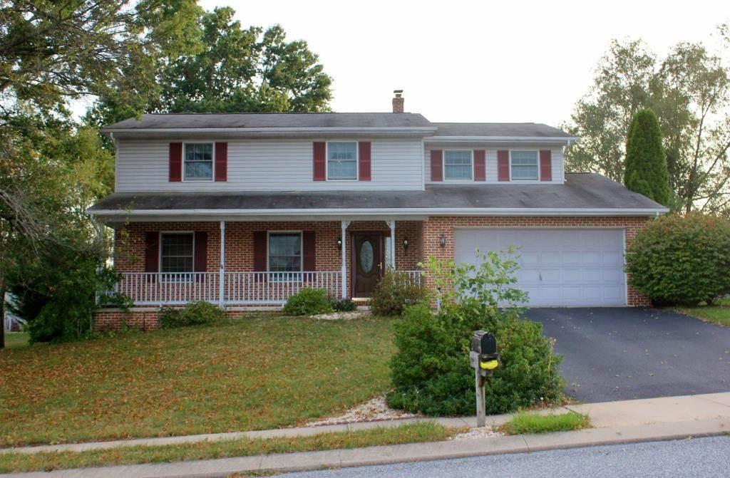 125 Cranbrook Dr, Dover, PA 17315