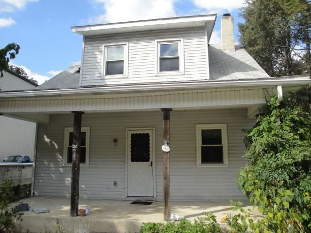 204 W Main St, Windsor, PA 17366