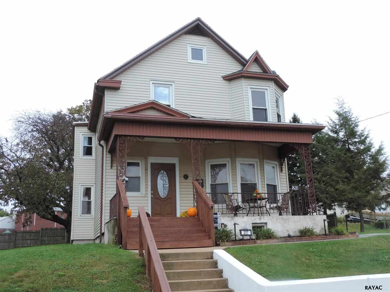 217 N Franklin St, Red Lion, PA 17356