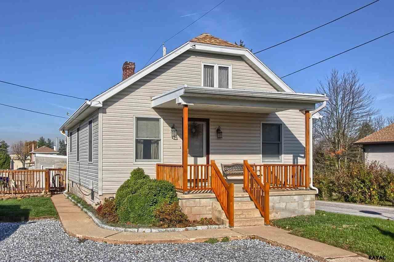 2151 Maple Rd, York, PA 17408