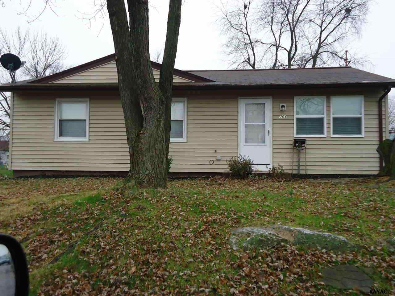 704 Gunnison Rd, York, PA 17404