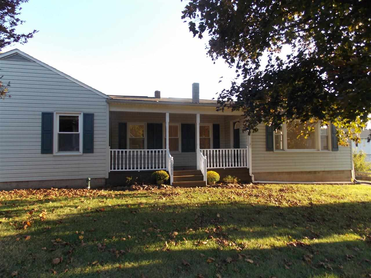 7688 Lincoln Hwy, Abbottstown, PA 17301