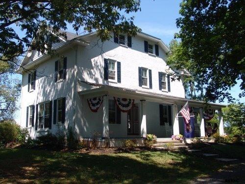 1037 Black Horse Tavern Rd, Gettysburg, PA 17325
