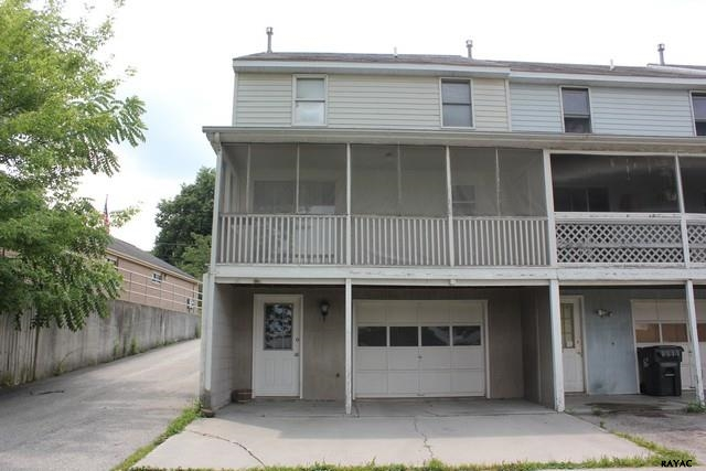 22 S High St, Arendtsville, PA 17307