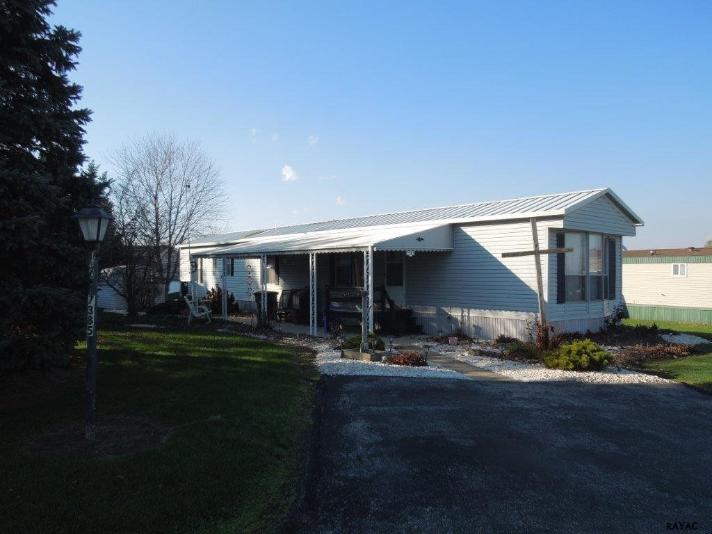 7385 Amy Ave, Dover, PA 17315