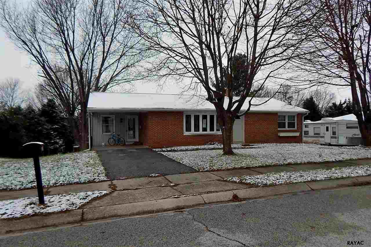 2435 Ramblewood Rd, York, PA 17408