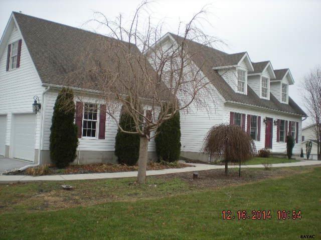 3653 Eagle Ridge Ct, Hanover, PA 17331