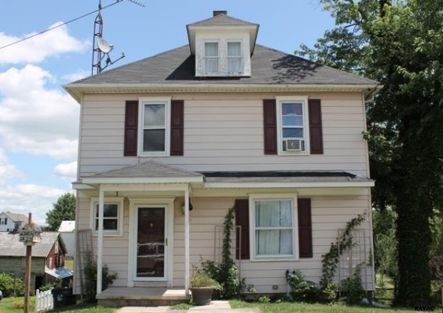 20 High St, Biglerville, PA 17307