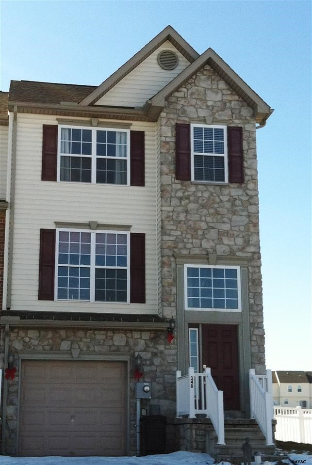 348 Mineral Dr, York, PA 17408