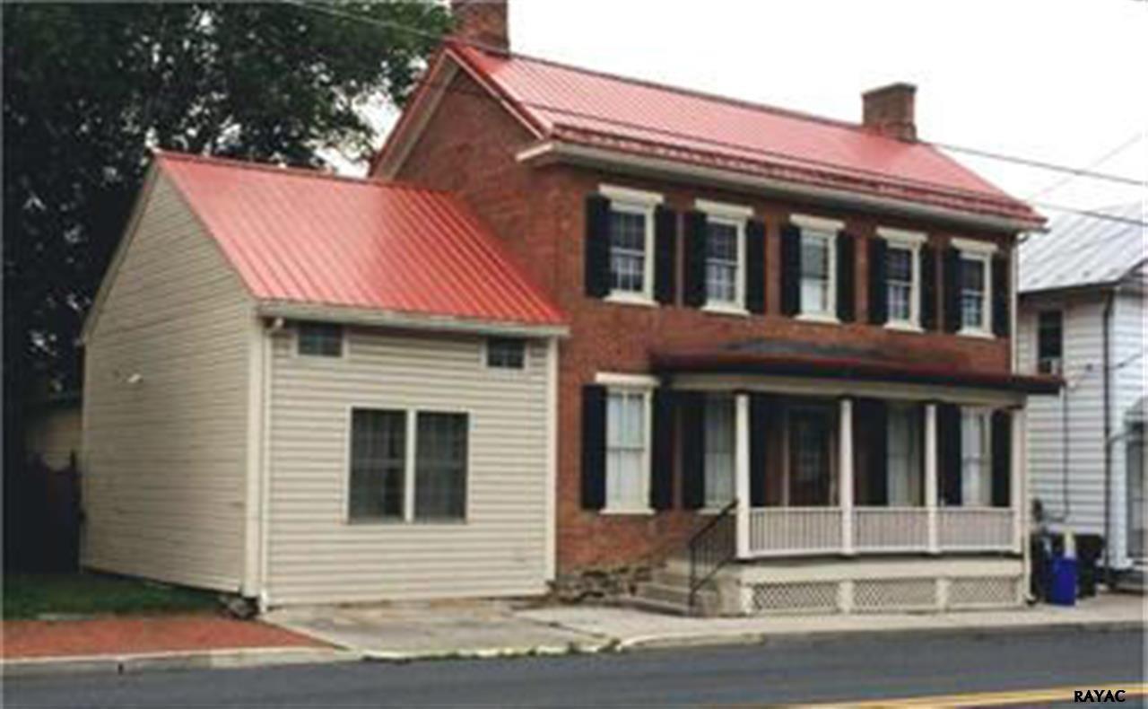 113 W Main St, Fairfield, PA 17320