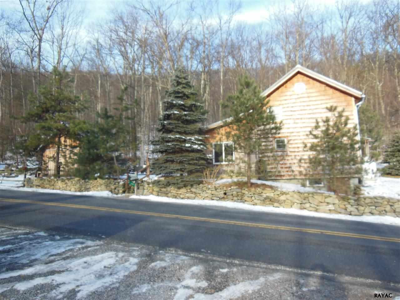409 Green Ridge Rd, Orrtanna, PA 17353