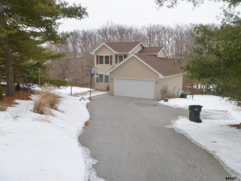 12983 Stamper Rd, Brogue, PA 17309