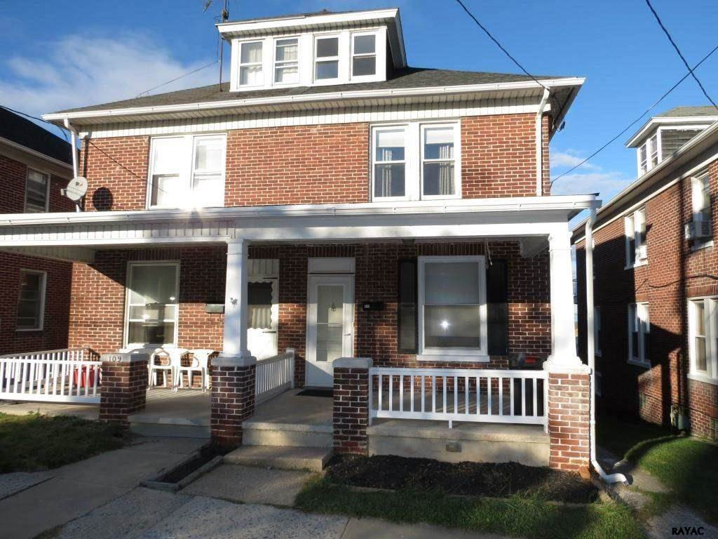 111 S Pine St, Red Lion, PA 17356