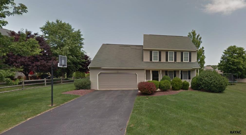 585 Grouse Ln, York, PA 17404