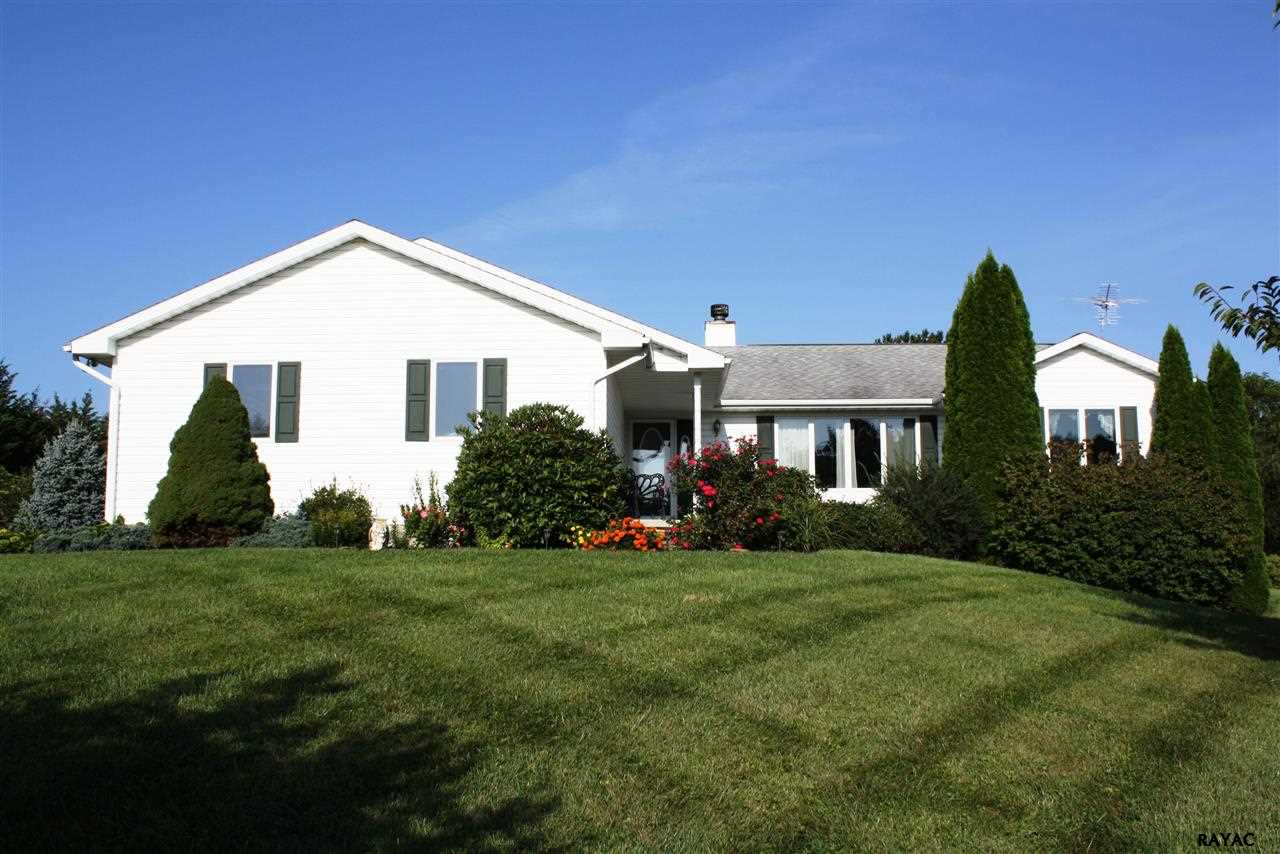 46 Kunkle Rd, Fawn Grove, PA 17321