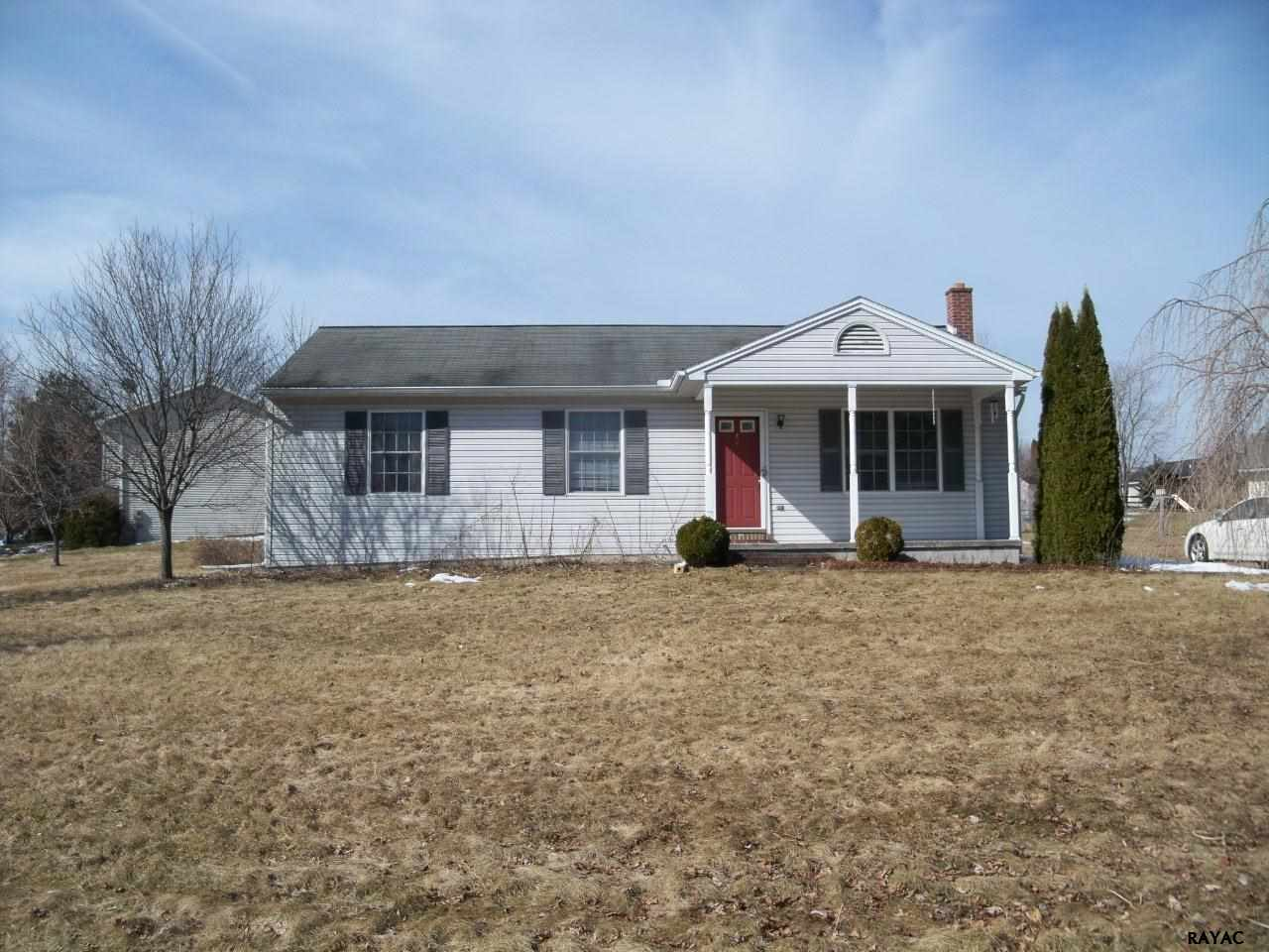 42 Curtis Dr, East Berlin, PA 17316