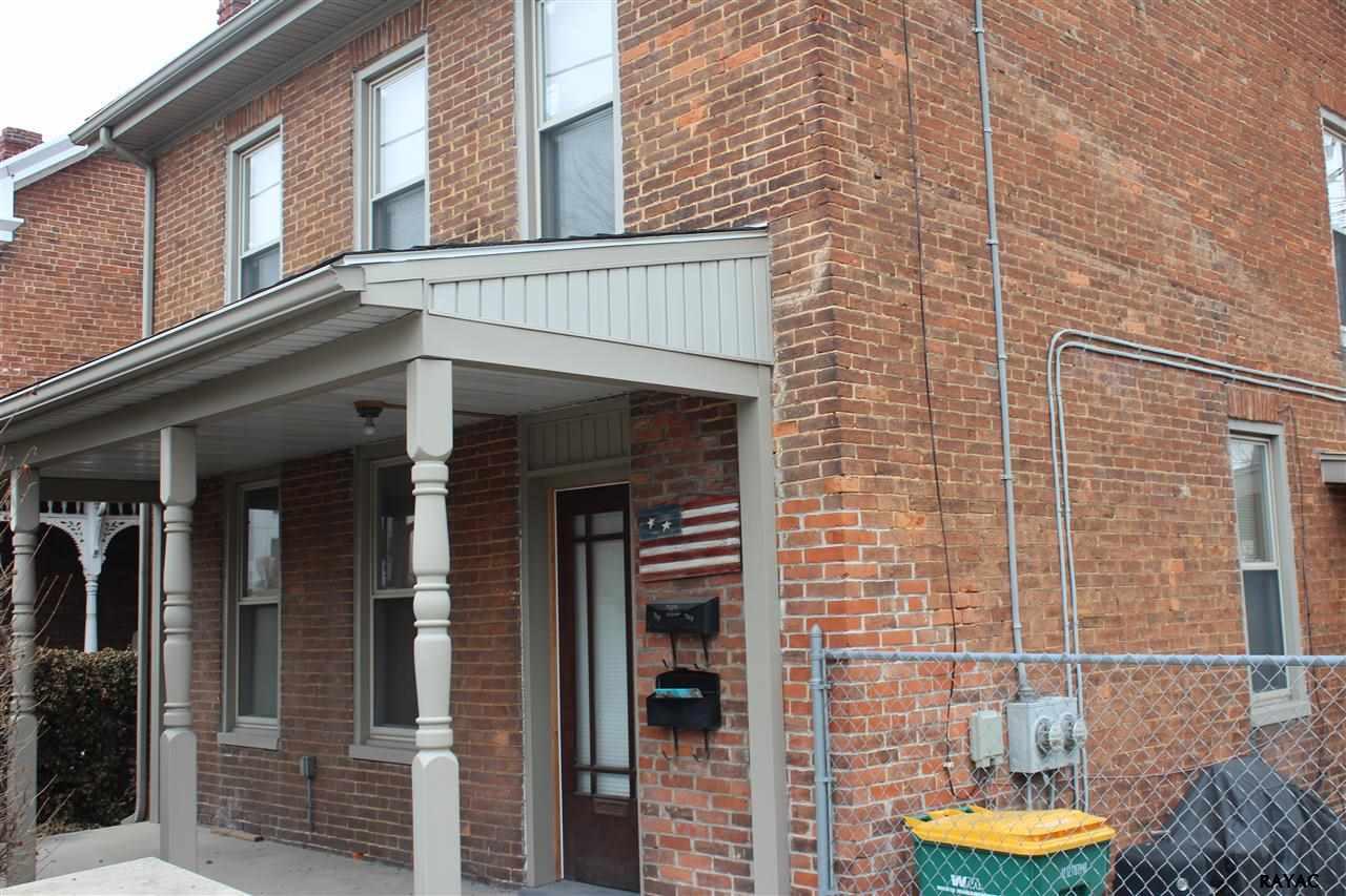 709 W Main St, Waynesboro, PA 17268