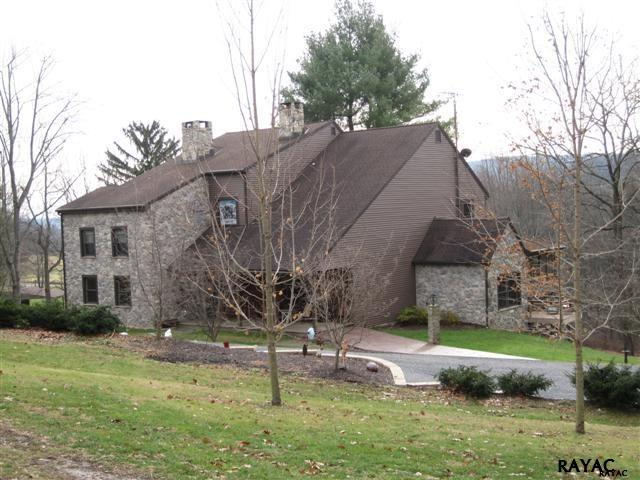 1831 Coon Rd, Aspers, PA 17304