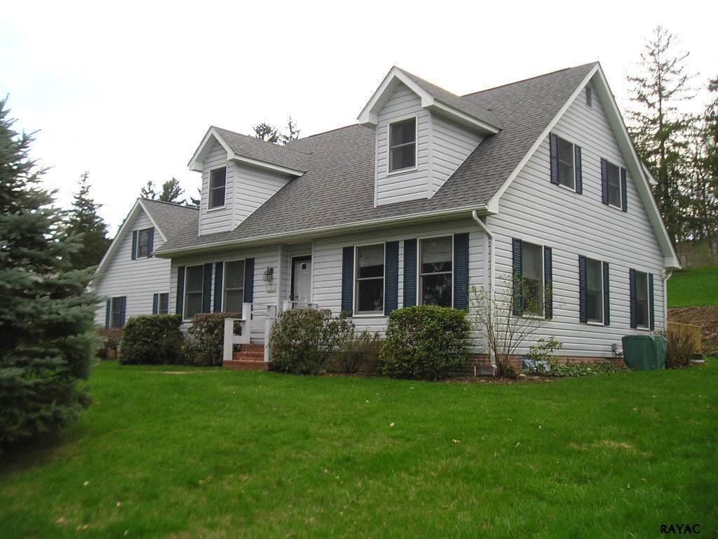 180 Longview Blvd, Gettysburg, PA 17325