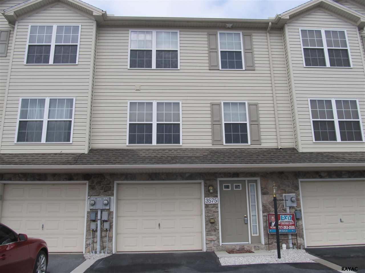 3575 Pinecrest Ct, Fayetteville, PA 17222