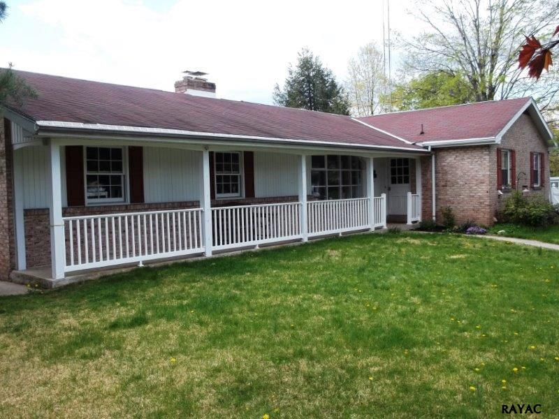 170 Early Ave, Gettysburg, PA 17325