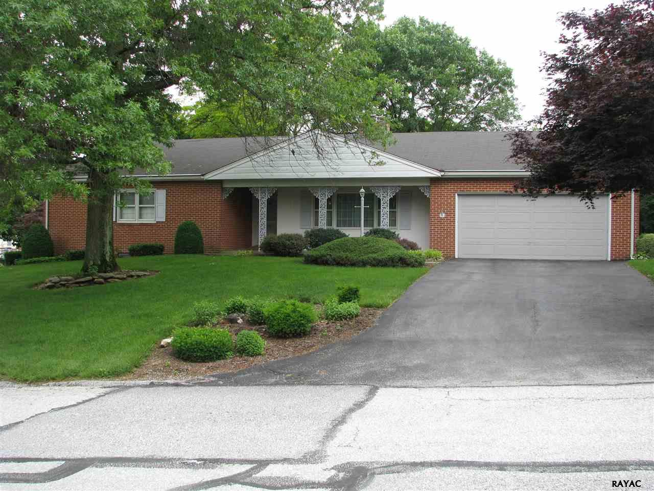 478 Highland Rd, Red Lion, PA 17356