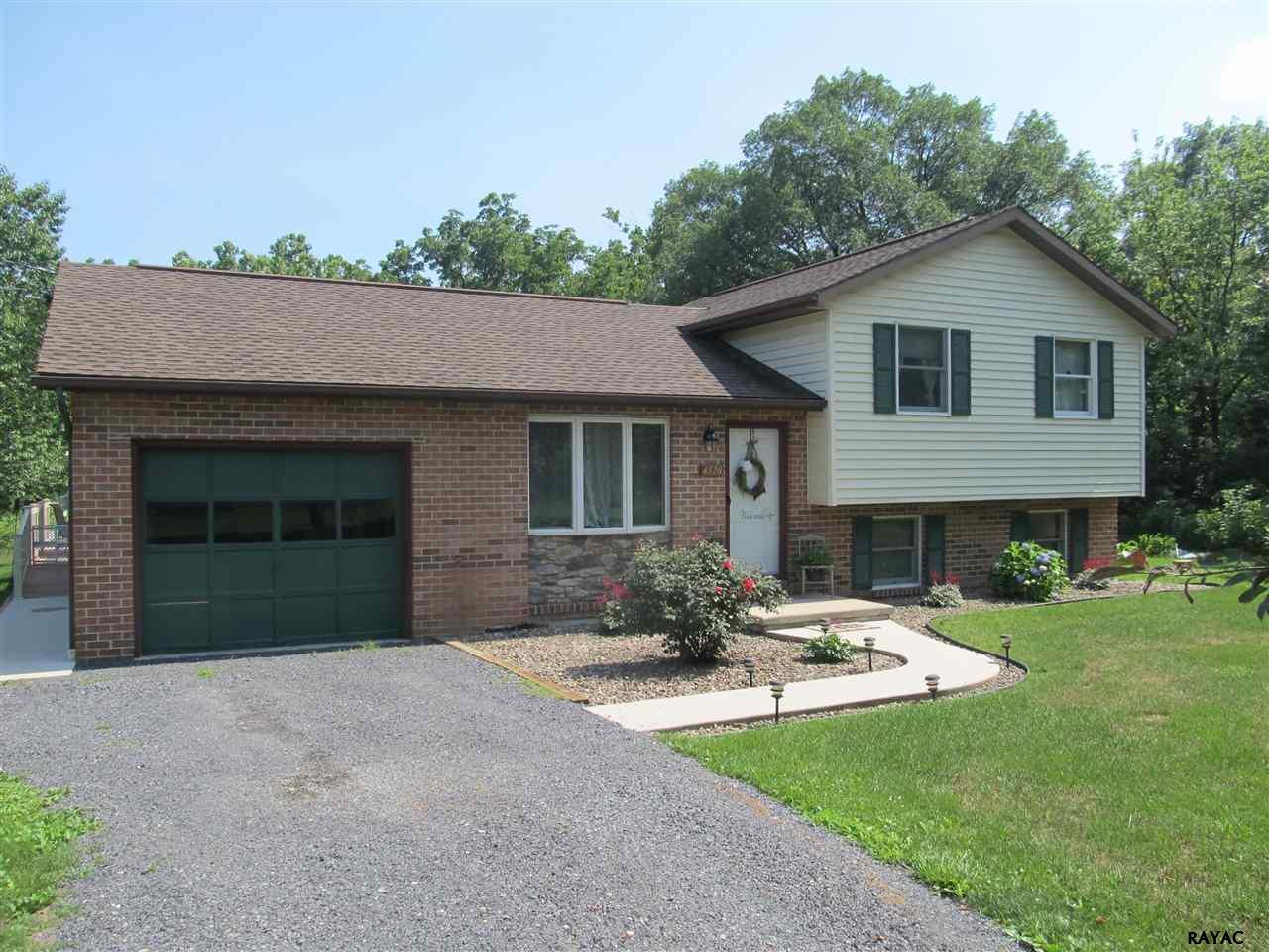 4570 Edenville Rd, Chambersburg, PA 17202
