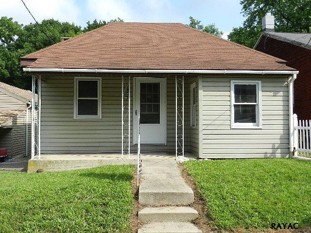 1467 Old Salem Rd, York, PA 17404