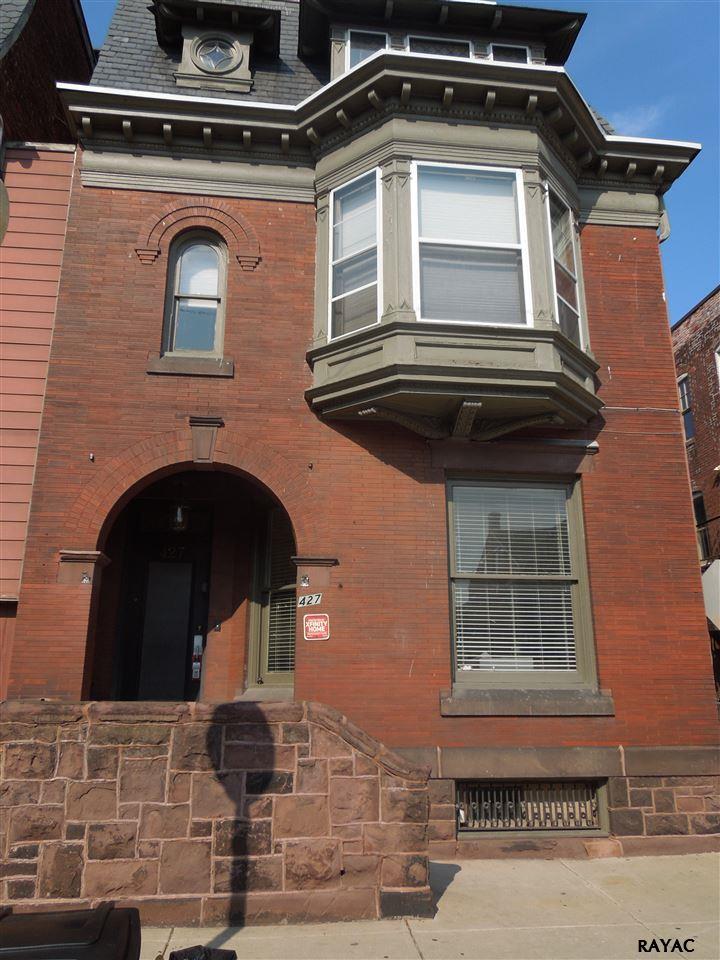 427 S George St, York, PA 17401