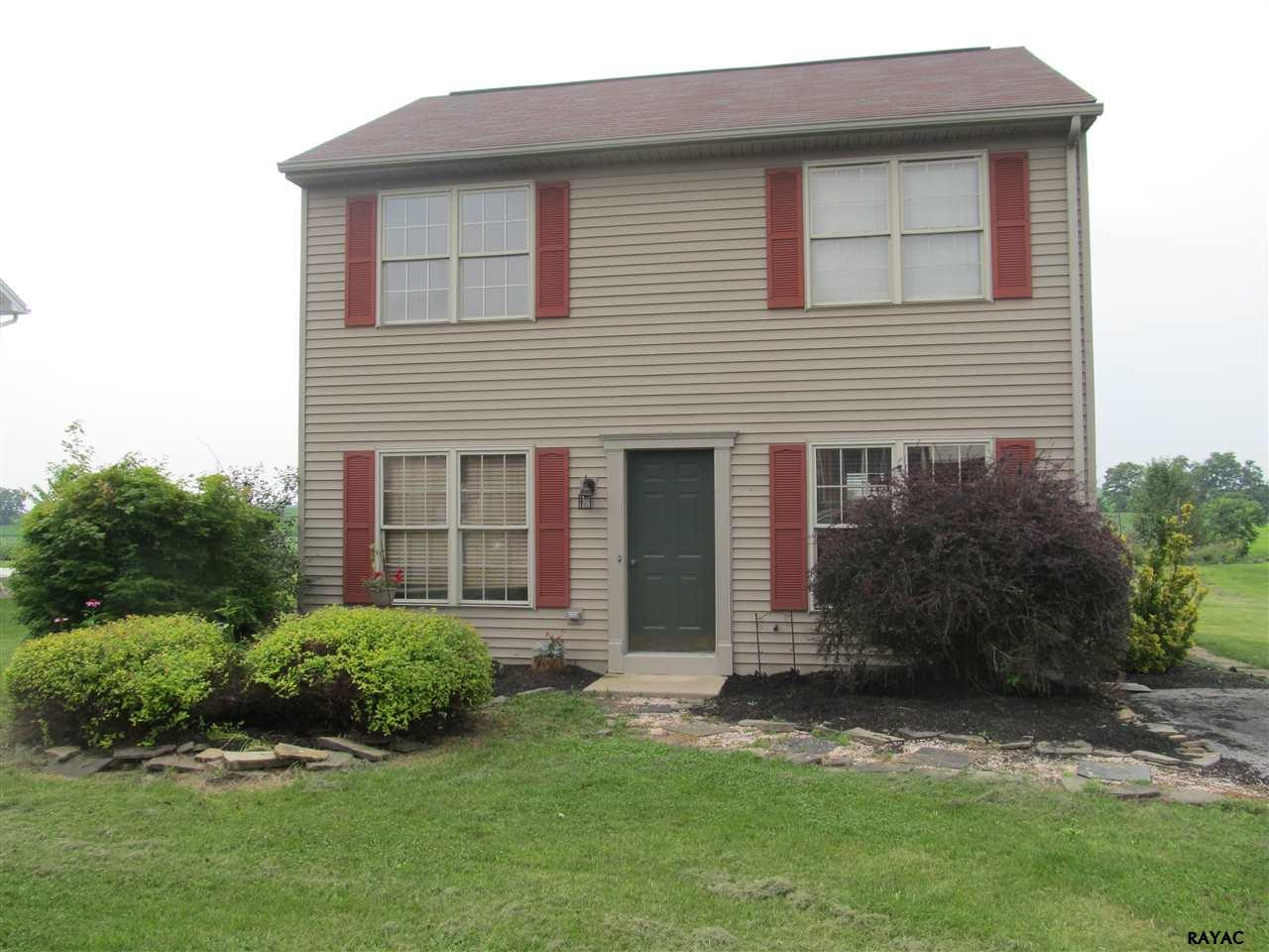 1463 Mountain Shadow Ter, Fayetteville, PA 17222