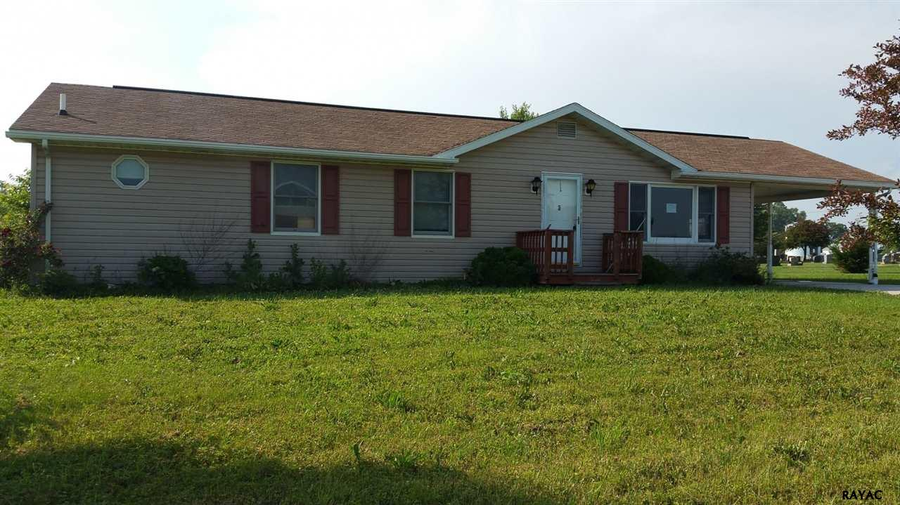 3 Campbell Rd, New Freedom, PA 17349